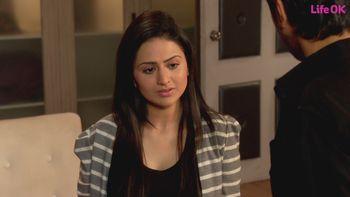 Watch Gustakh Dil Episode 124 Online On Hotstar